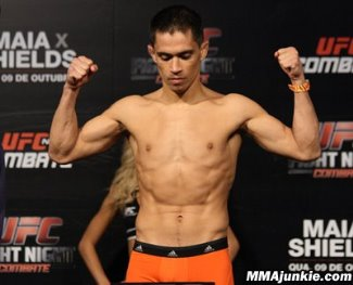 asian mma fighters - chris cariaso