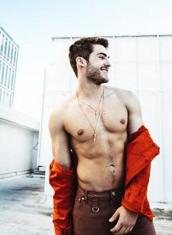 cody christian shirtless