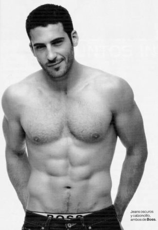 miguel_angel_silvestre_boss_underwear_model