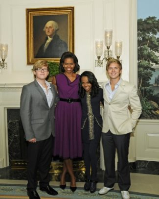 China Anne McClain Doug Brochu And Chris Brochu With First Lady Michelle Obama