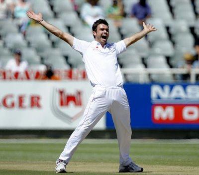 james-anderson-cricket-uniform