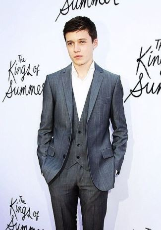 nick robinson actor - instagram nick_j_robinson