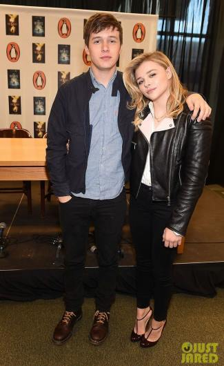 nick robinson girlfriend Chloe Moretz