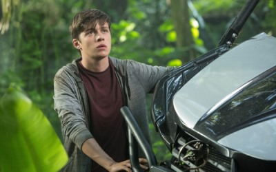 nick-robinson-in-jurassic-world