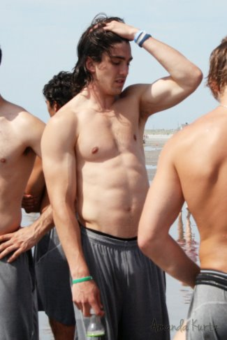 trevor van riemsdyk shirtless - hockey - chicago blackhawks3