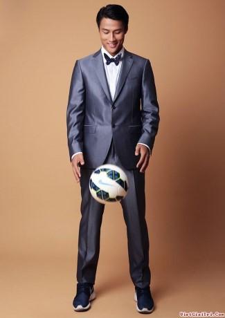 asian hunks with big balls - mac hong quan - vietnamese