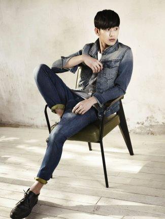 asian male calvin klein model - kim soo hyun ck jeans - cosmopolitan mag korea