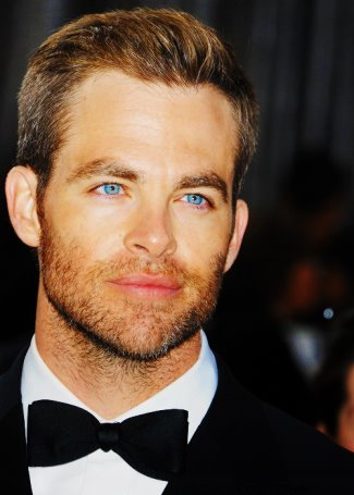 hot guys with blue eyes - chris pine