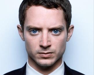 guys with blue eyes - elijah wood