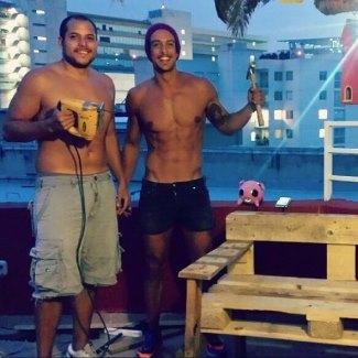 Joaquín Ferreira shirtless carpenter