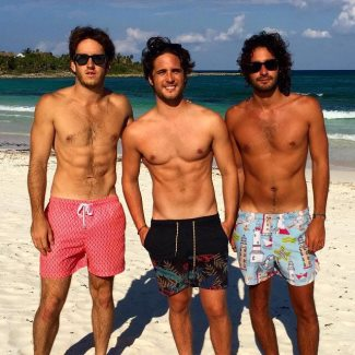 diego boneta boyfriends at the beach
