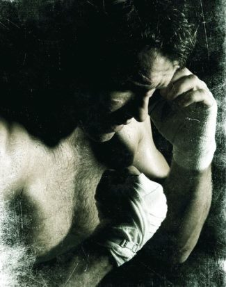 joel edgerton shirtless body - the warrior