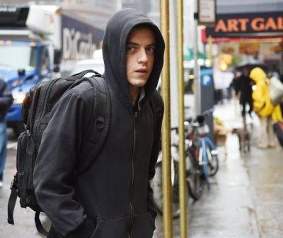 rami malek hoodie brand - mr robot2