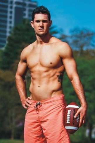 shirtless nfl players - aaron murray
