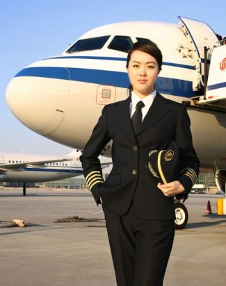 asian female pilot hot - Captain-Wang-Zheng-Air-China2