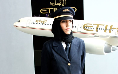 female pilots are hot - salma of etihad2