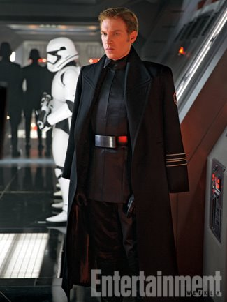 general hux coat star wars the force awakens - domhnall gleeson