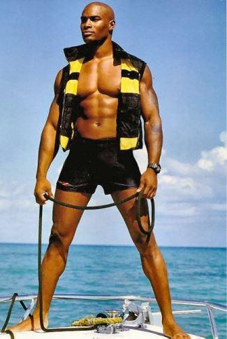 hot men in shorts tyson beckford - ralph lauren
