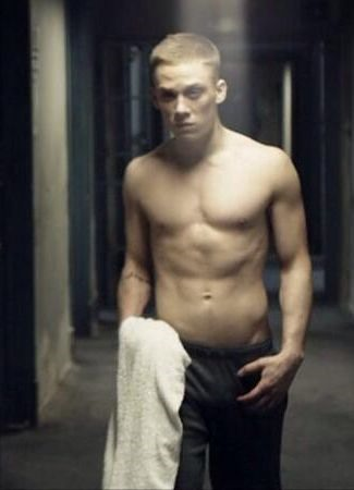 Joe-Cole-Shirtless-offender4
