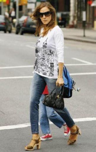 celebrities wearing swedish hasbeens - sarah jessica parker