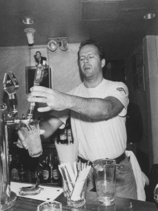 hot bartenders - bruce willis