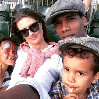 parker sawyers wife and kids - family2