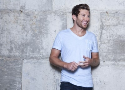 Brett eldredge gay or straight