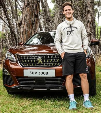 Diego Schwartzman sponsors Peugeot