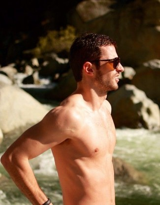 alexander rossi shirtless2