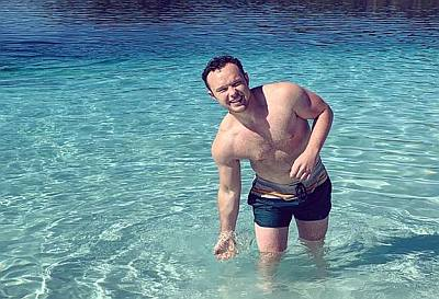 ian colletti shirtless body - short shorts