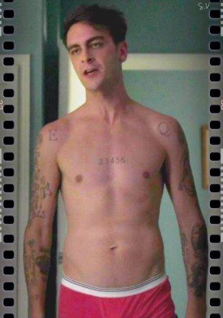 joseph gilgun shirtless and underwear in misfits