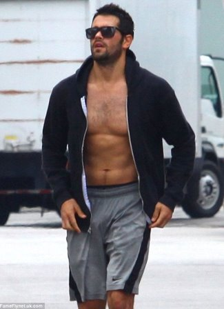 best basketball shorts - jesse metcalfe