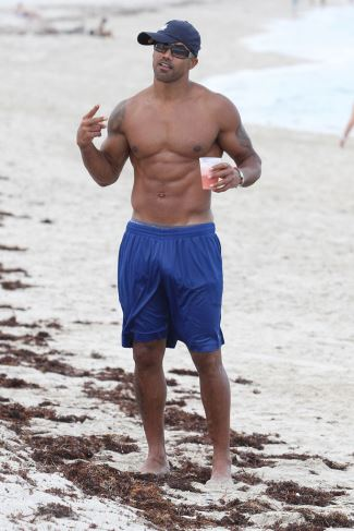 best basketball shorts - shemar moore new balance