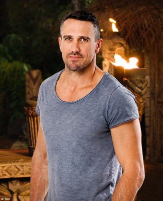 Lee Carseldine survivor hunk