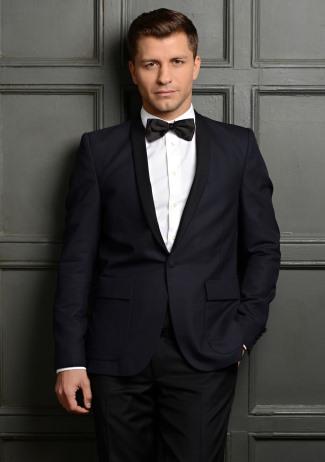 pasha-kovalev-hot-tuxedo