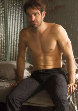 charlie-cox-shirtless-matt-murdoch