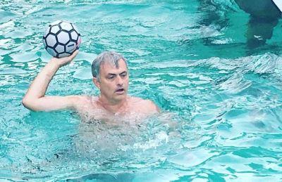 jose mourinho shirtless sexy pic