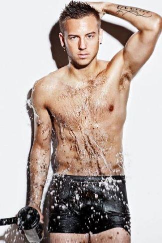 anton hysen underwear shower