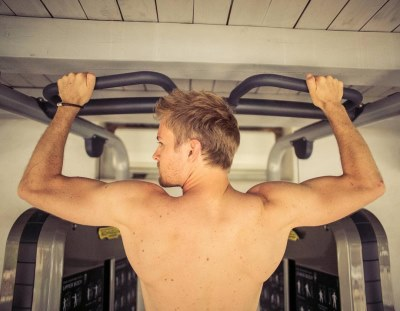 nico rosberg shirtless workout