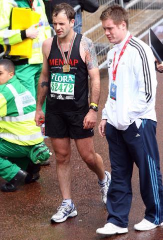 jonny lee miller marathon time - nyc and london