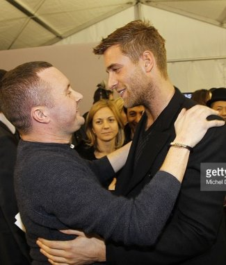 Oliver Jackson-Cohen gay or straight - with Kim Jones