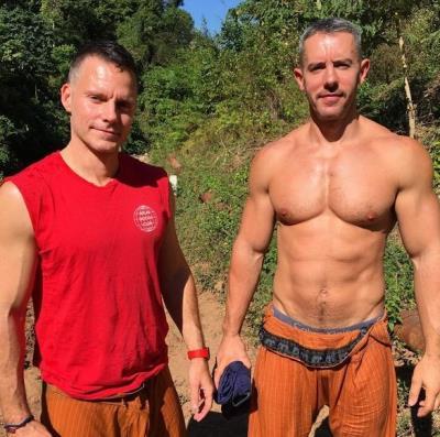 anderson cooper engaged gay wedding to boyfriend benjamin maisani