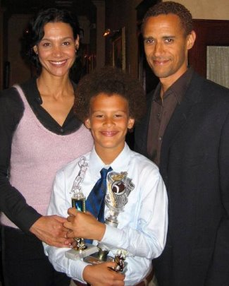 brad kaaya ethnicity - mixed race - parents
