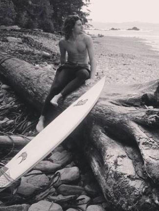 colston villanueva shirtless - timber creek lodge - colston vb