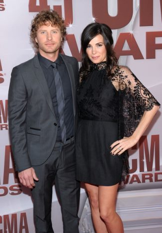 dierks bentley wife cassidy