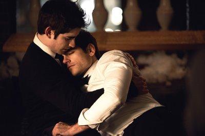 jason ralph gay kiss with jonathan gordon