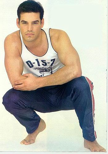 eddie cibrian young and hot