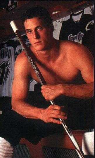 shirtless hockey players vincent lecavalier