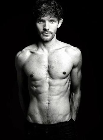 Robert James-Collier Shirtless, Underwear, Gay, Girlfriend