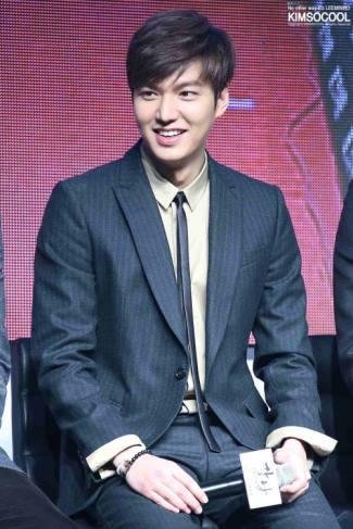 mens skinny ties still stylish 2015 - lee min ho